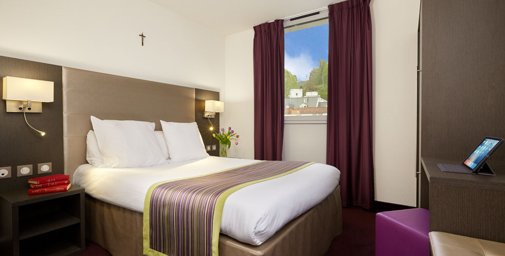 Hotel astrid lourdes 4 etoiles