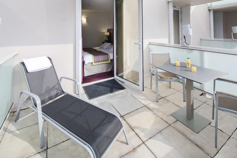 Hotel Lourdes 4 estrellas habitacion con balcon