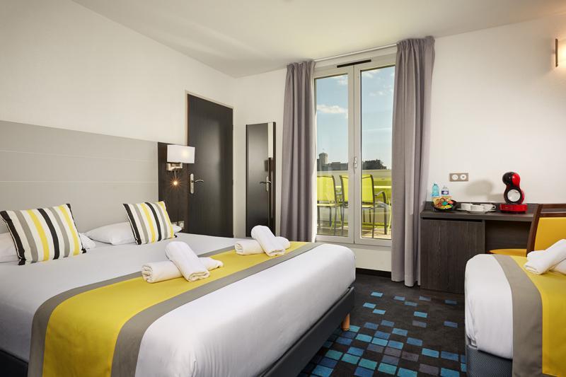 Hotel astrid Lourdes chambre triple classic
