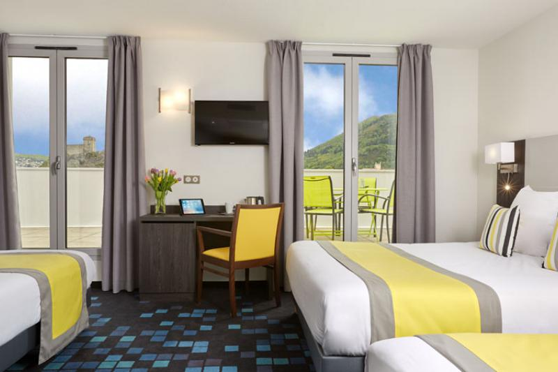 Hotel 4 etoiles Lourdes proche de la grotte chambre familiale