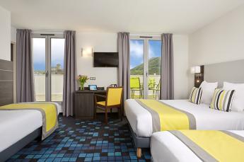 Hotel 4 etoiles lourdes chambre quadruple