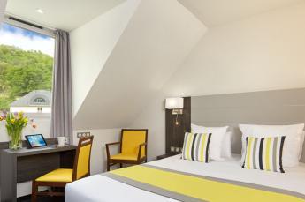 hotel lourdes 5 Persoonskamers