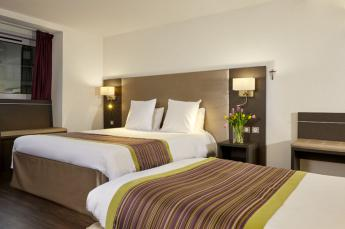 Hotel Astrid Lourdes chambre triple