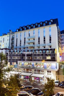Hotel Astrid en Lourdes, cerca de los Santuarios