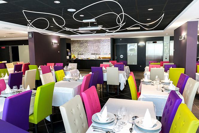 Comer en el Hotel Astrid Lourdes