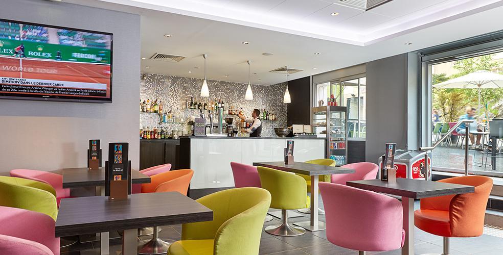 bar brasserie hotel Astrid Lourdes France