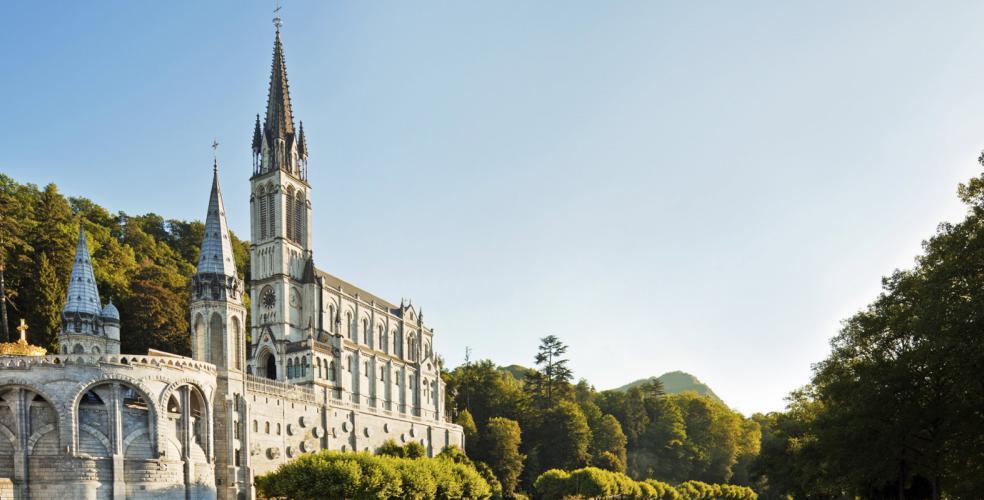 Hotel Lourdes near the Sanctuary